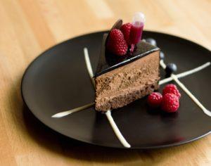 Tort czekoladowy z wiśniami - kawiarnia Kraków Słodki Wentzl